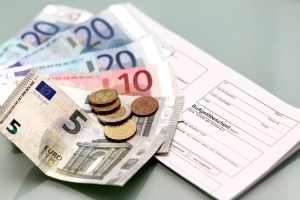 Bußgeldbescheid trotz Zahlung? Überprüfen Sie, ob Sie das Verwarngeld rechtzeitig überwiesen haben.