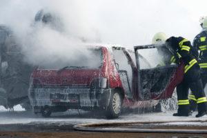 Geschädigte einer Fahrerflucht haben keine Versicherung, welche die Kosten übernimmt.