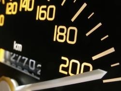Für ein Fahrverbot ist eine Geschwindigkeitsüberschreitung ein häufiger Grund.