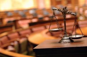 Die formelle Rechtskraft macht ein Urteil endgültig und unangreifbar. Sie tritt ein, nachdem alle Möglichkeiten des Widerspruchs gewährt wurden.