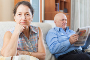 Gesprächsbedarf: Sollte er den Führerschein altersbedingt abgeben?