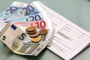 Die Gebühren erhöhen die Kosten im Bußgeldverfahren.