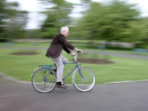 Schluss mit Fahrradfahren: Unter Umständen können Sie die Sperrfrist verkürzen.