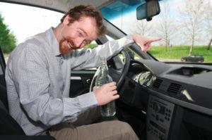 Trunkenheit am Steuer gefährdet die Verkehrssicherheit.